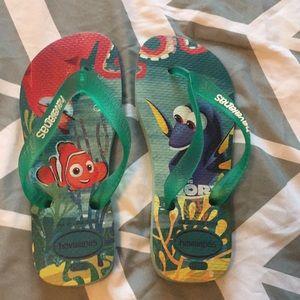 Like new Haivana's Finding Dory flip flops